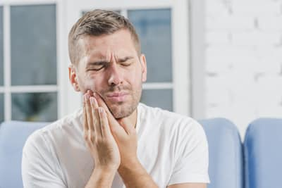 causes toothache symptoms