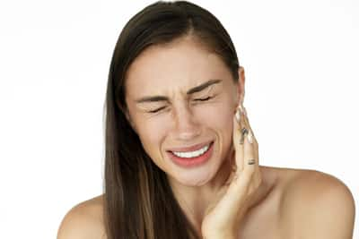 common signs symptoms of toothache